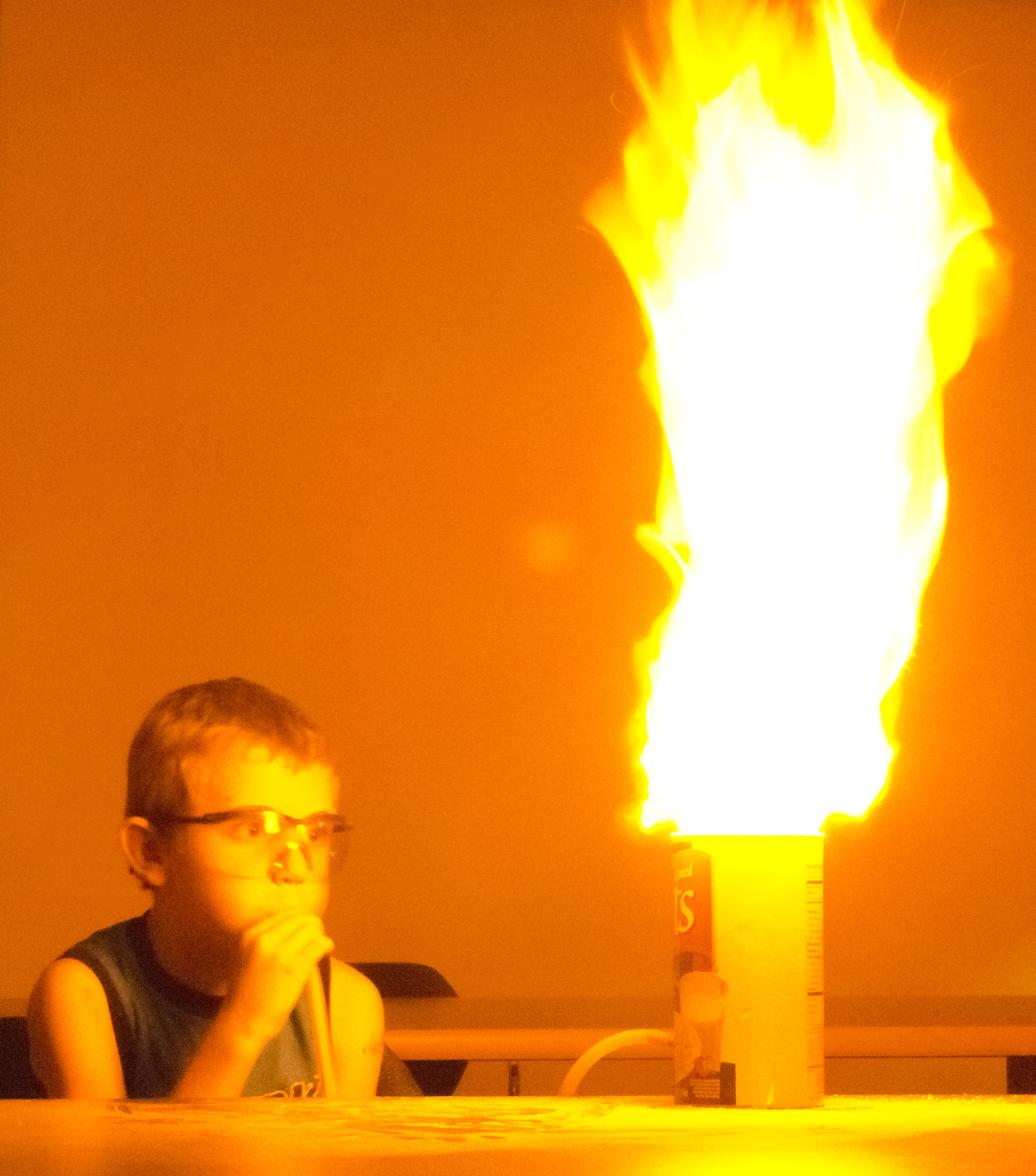 Demonstrating Ignition of Dust  grain elevator  coal mine explosions